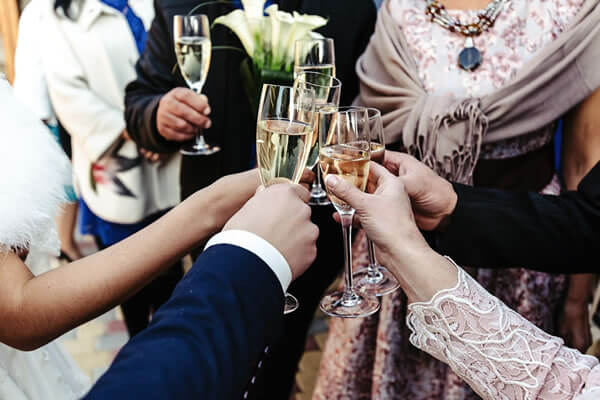 Wedding Glasses: Celebrating Life Of Togetherness In Traditional Style