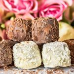 Ways In Which You Can Use Swiss & Belgian Chocolate For Wedding Favors