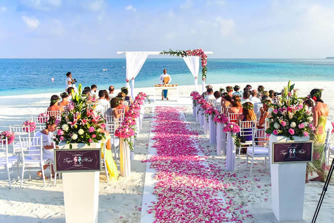 How to Plan Your Outdoor Wedding