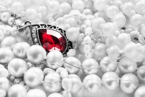 Ruby Jewellery: What should you know before buying one?