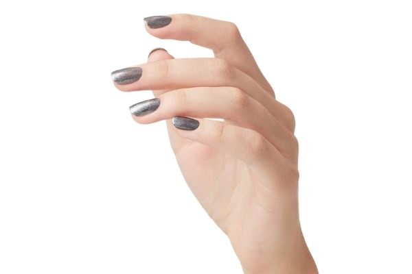 Best Nail Polish For Giving An Attractive Look To Your Nails