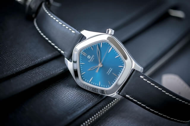 Tzoumy Genève watch collection